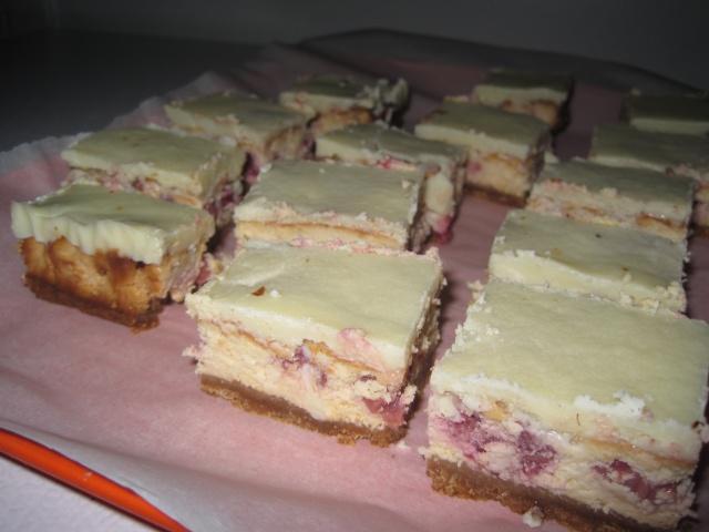Barres de Gâteau au Fromage aux Framboises Ganache Chocolat Blanc 602308IMG6431