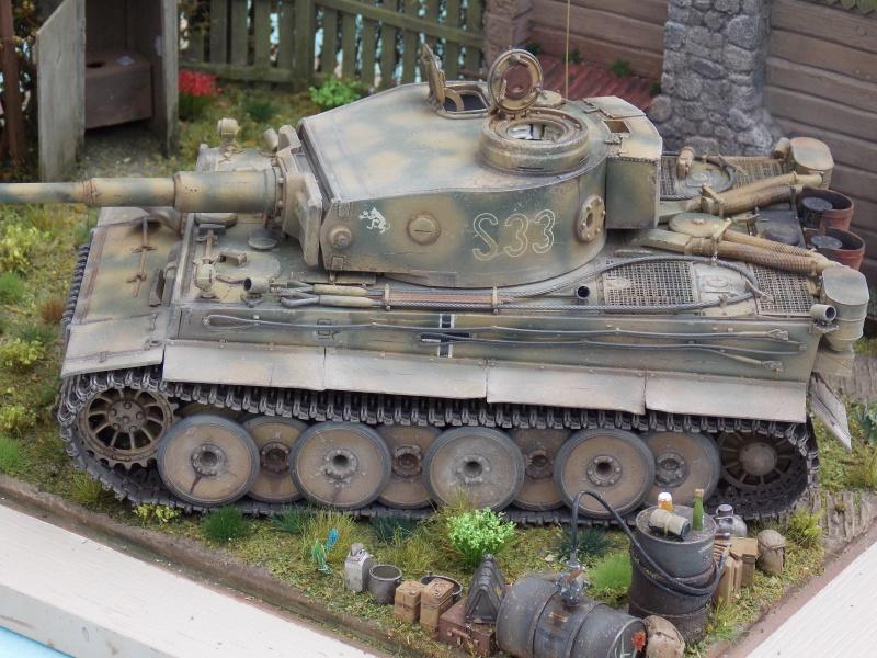 TIGRE S33  avant la bataille de Koursk juillet 43 (Dragon 1/35 dio DIODUMP) - Page 8 603030DSCN4709