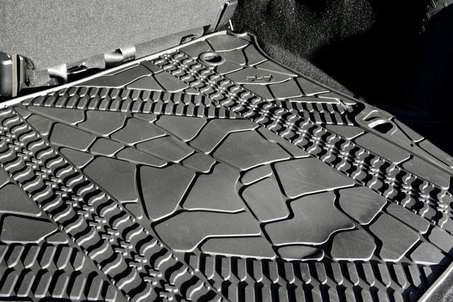 Série Limitée Jeep Wrangler Nautic présentée au Salon Nautique de Paris 605134JeepWranglerNautic16