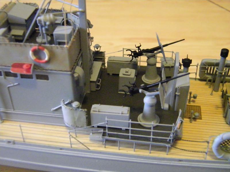 Chasseur de sous-marin CH 123 au 1/100e sur plan 6057041001725