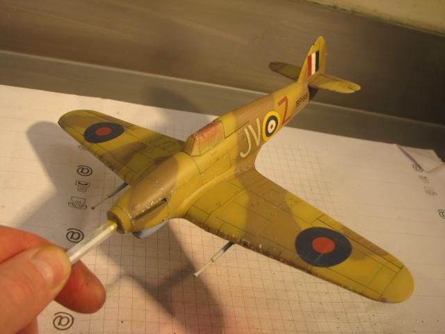 Hawker Hurricane Mk IId Trop 6 Sqn 1942 Hobbycraft 1/48.... Terminé! 607987IMG1136