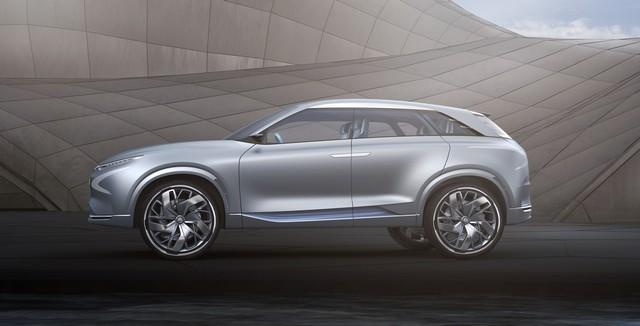 Hyundai a dévoilé son concept Fuel Cell nouvelle génération au salon de l'automobile de Genève 608276FEFuelCellConcept4