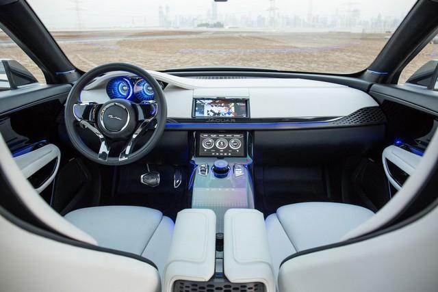 Jaguar C-X17 Concept Sport Crossover dévoilé au Dubaï Motor Show  608627jaguarcx17conceptdubaimotorshow17
