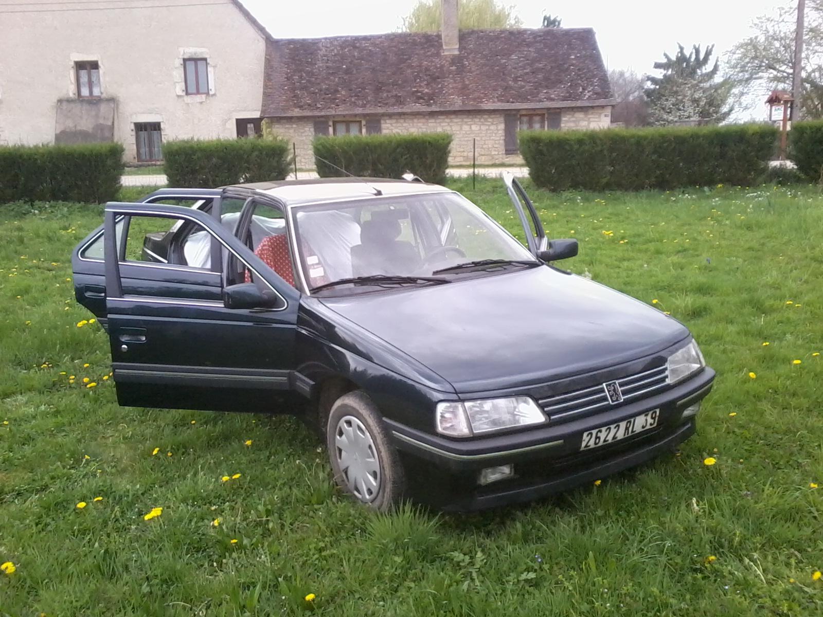 Présentation de ma nouvelle voiture, une Peugeot 405 Signature. 608633Photo0683