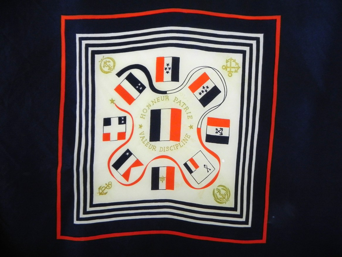 [Logos - Tapes - Insignes] Foulards 613209foulard002