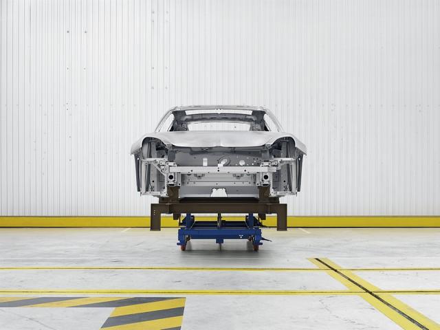 Alpine est de retour - A110, la voiture de sport française agile et compacte 6132578834716
