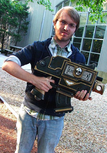L'Armurerie W40K :  armes pour les grands enfants ! 614468bolter3