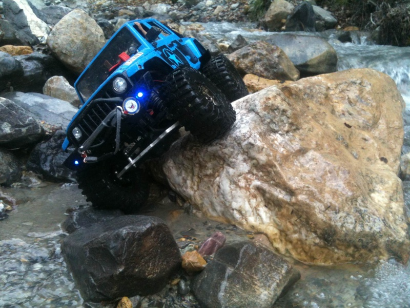AXIAL SCX10 Jeep US NAVY - Page 2 620433photo3