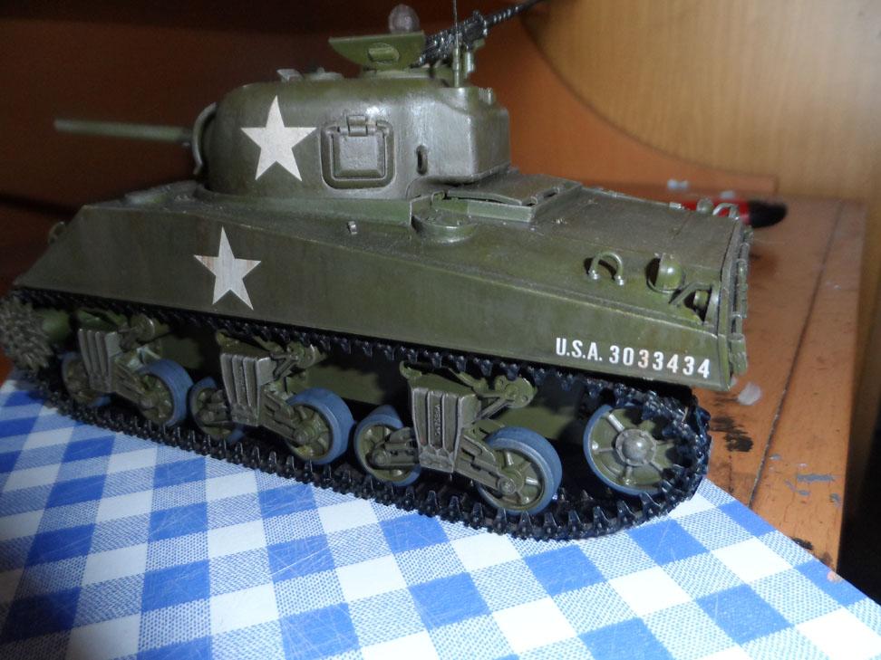 M4 Sherman late production Tamiya 1/35 - Page 4 622173SAM0447