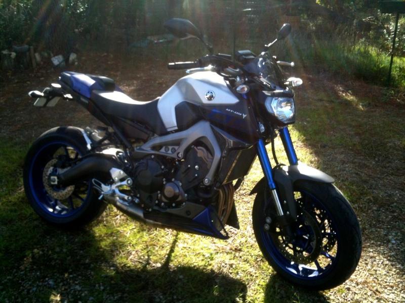 Photos de toutes les Yamaha MT-09 du forum ! :) 622999YEinyx