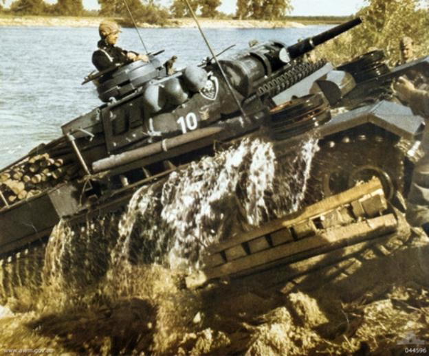 LFC : 16 Juin 1940, un autre destin pour la France (Inspiré de la FTL) 623452PanzerIIIinRussia1941