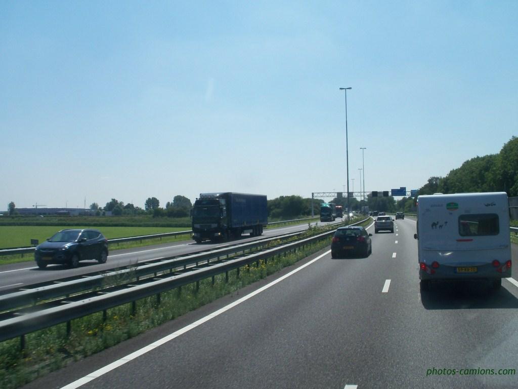 Divers Pays Bas (NL) 629458photoscamions75Copier