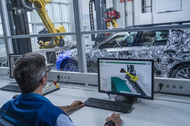 La future BMW Série 5 virtuelle  630548P90228106highResfullyautomatedopti