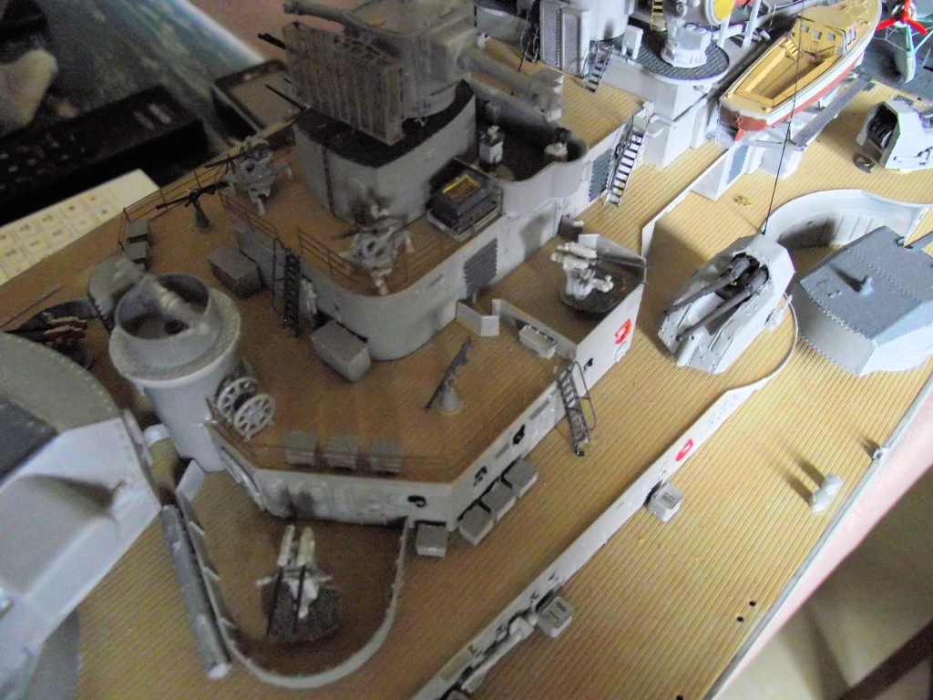 Bismarck Trumpeter 1x200 avec PE et figurines Eduard 634308Bismarck1x200122