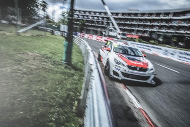 Les 308 Racing Cup À Toute Vitesse À Dijon  6391255920104883306