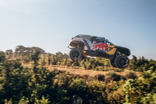 « Maximum Attact » Pour Peugeot, Avec Le Lancement De La 3008DKR MAXI 64087159529a5acb8a9