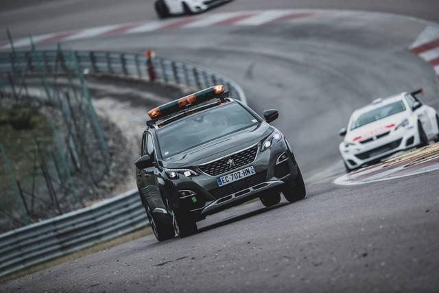 La Peugeot 308 Racing Cup Se Joue Des Conditions ! 64331019679296