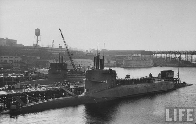 SOUS MARINS NUCLEAIRES D'ATTAQUE CLASSE SKIPJACK 644046USS_Skipjack_3