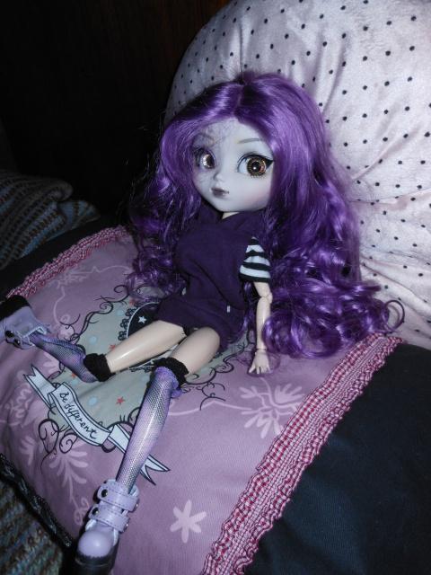 Novembre 2012 : Pullip Midnight Velvet 645901DSCN1911