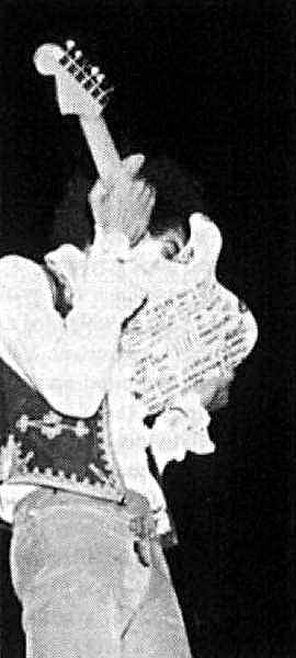 Londres (Saville Theatre) : 4 juin 1967 [Second concert] 6516581967060402savilleuk2nd
