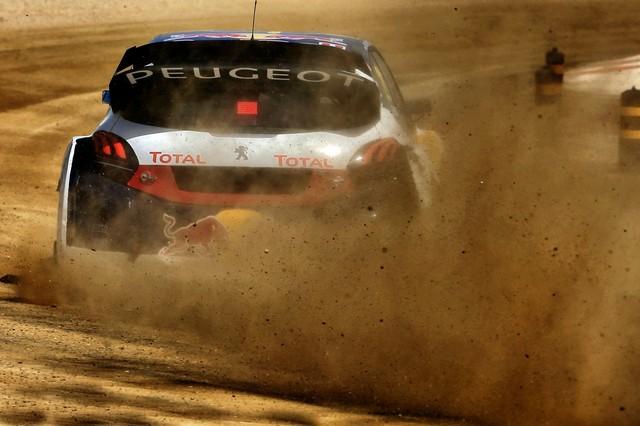 Sébastien Loeb et la PEUGEOT 208 WRX décrochent une belle deuxième place à Montalegre 65765658fc8a988f106