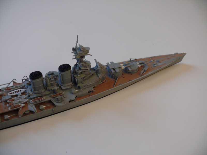 HMS Hood 1/700 Trumpeter 659960P1080017