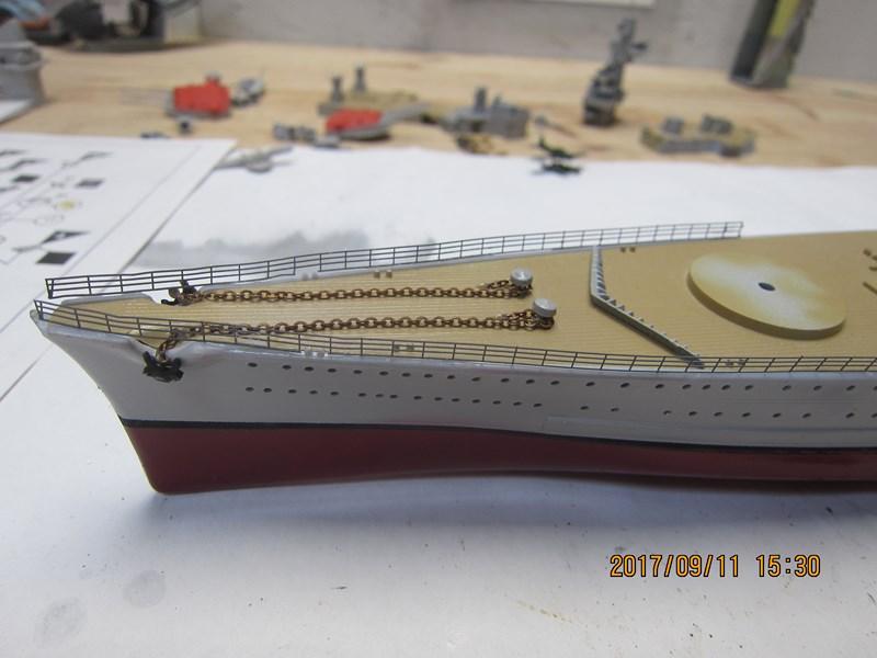 Cuirassé Admiral SCHEER hELLER 1/400 662238IMG4845Copier