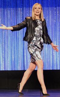 Kristen Bell Avatars 200*320 pixels - Page 2 663983kristenbellvm14mar1404
