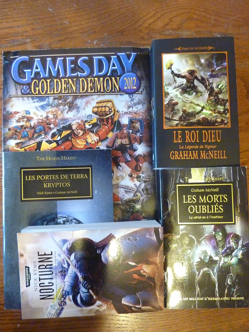 Games Day 2012 France (28 octobre) - Page 6 668321GD2012livres