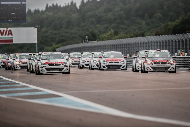 La Peugeot 308 Racing Cup Se Joue Des Conditions ! 6696055957d349dc6d0