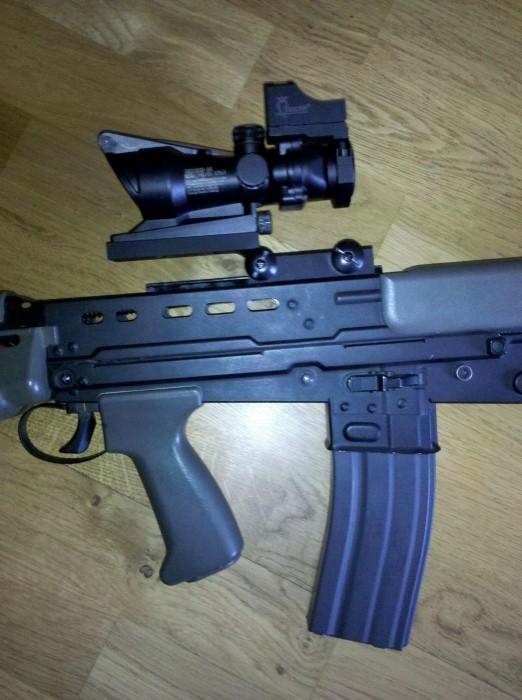 Review L85 [ SA80 ] acog mount ( z mount Hornbill ) 673443IMG20110427190031