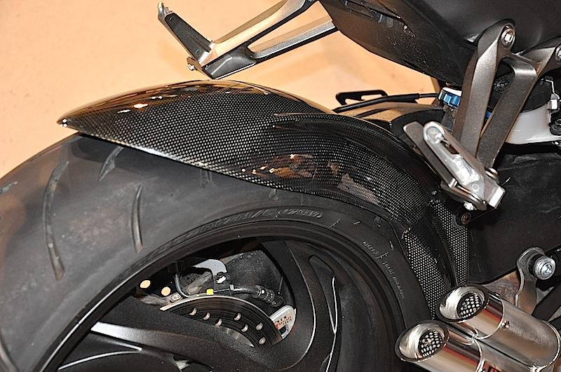 Le Nouveau Lèche Roue Bavette CB1000R - Page 4 674044DSC0008JPG