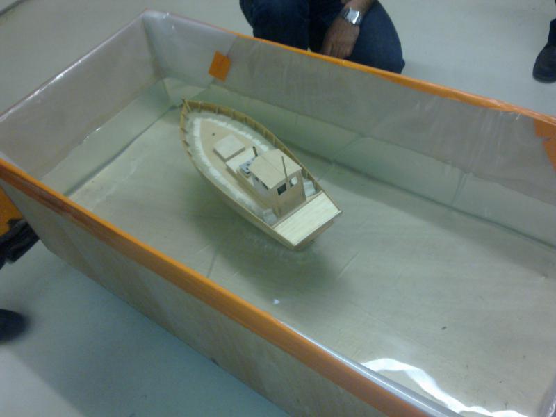 barque chalutiére au 1/20è d'après plans - Page 3 67462122032011121