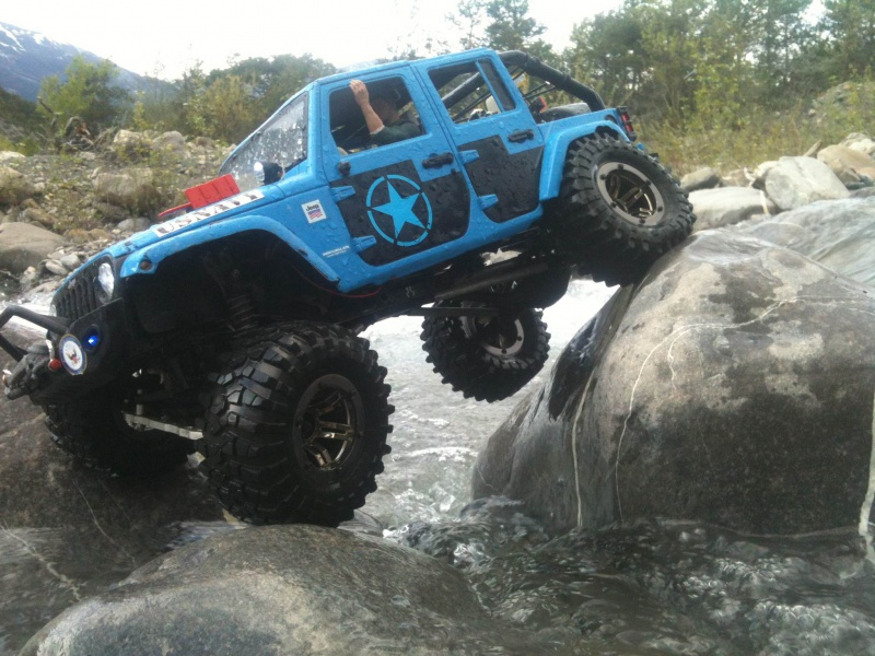 AXIAL SCX10 Jeep US NAVY - Page 2 676567photo9