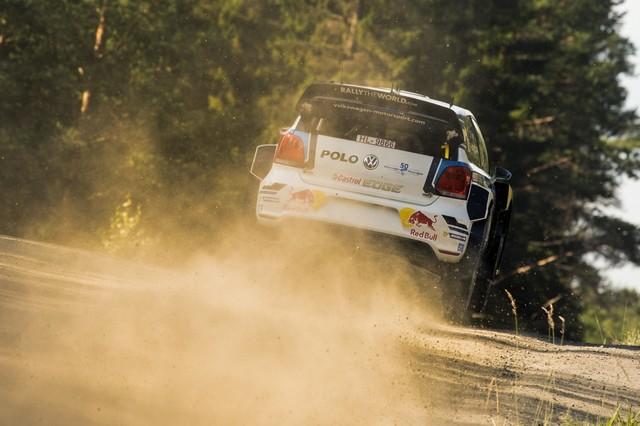 Rallye de Finlande : les trois Volkswagen Polo R WRC en tête des « essais libres » 678179hd0220160728vwmswrc201608finnlandshakedown