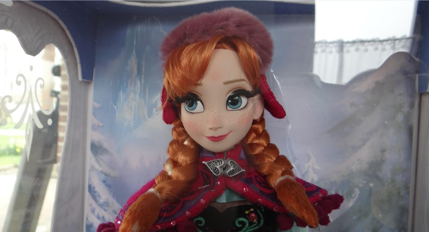 Disney Store Poupées Limited Edition 17'' (depuis 2009) - Page 37 679055198
