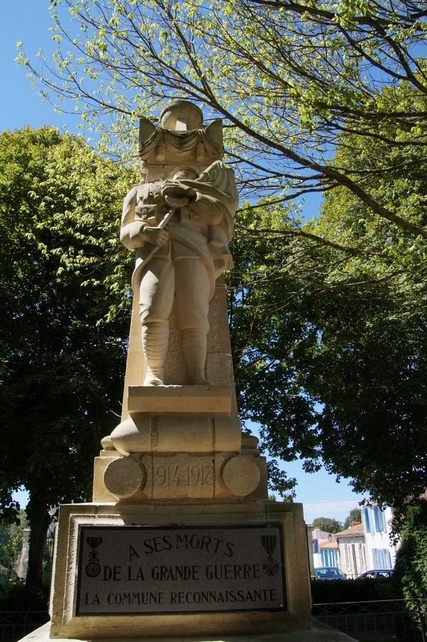 [Histoires et Histoire] Monuments aux morts originaux Français Tome 1 - Page 40 682980DSC06880
