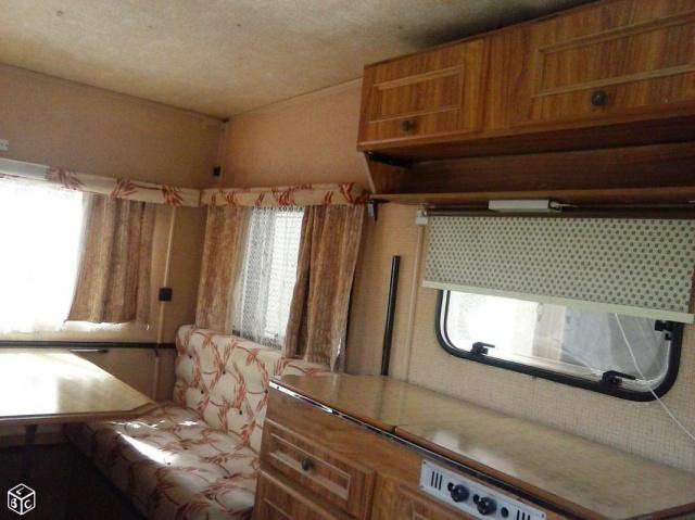 Caravane Pliante georges et jacques 686727c60cedc9512a76c076a0444516deff6214f9ad6b