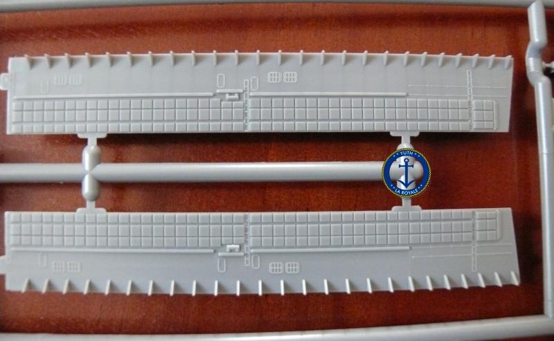 JMSDF LST Osumi 1/700 (Tamiya) 691441P1080422