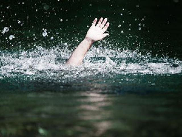 Savez-vous où je peux flooder pour atteindre 4000 messages ? - Page 2 700426IMG1974