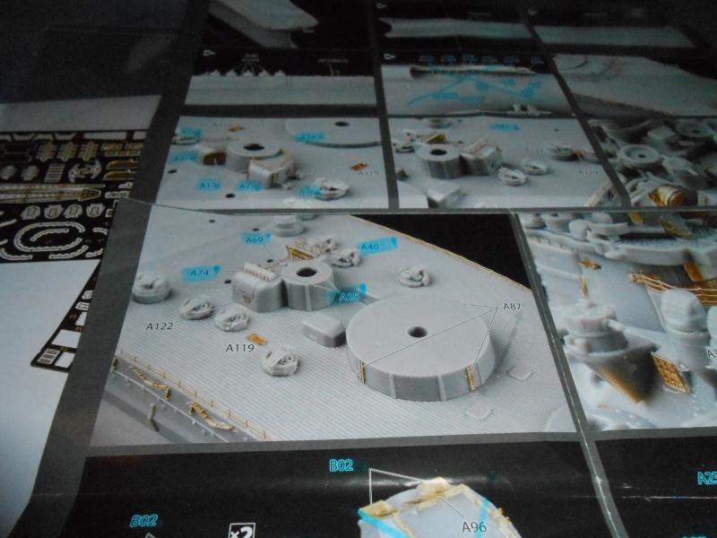 Yamato 1/700 fuji, PE,Pont en bois et babioles 702315loupyam011