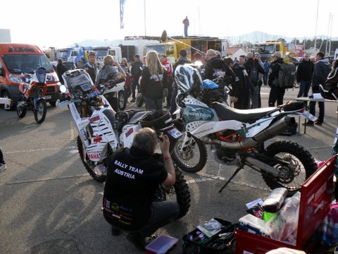 AFRICA ECO RACE 2012 704386SDC15971