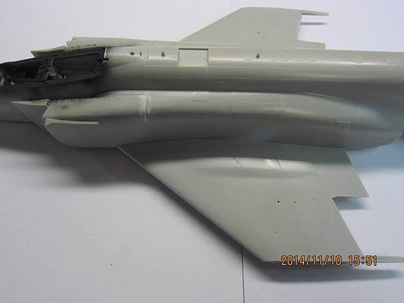 F-4 J Tamiya au 32 705414IMG2221Copier