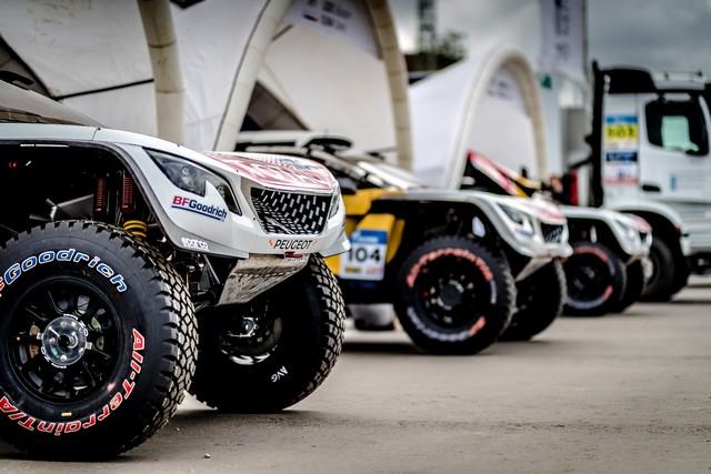 Peugeot dans les starting-blocks pour le Silk Way Rally ! 712219595f7e7516a03