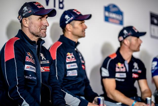 Peugeot dans les starting-blocks pour le Silk Way Rally ! 716613595f817fb587d