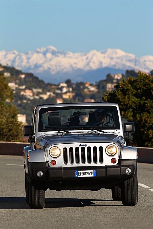 Série Limitée Jeep Wrangler Nautic présentée au Salon Nautique de Paris 717084110221JWranglerUlimited11