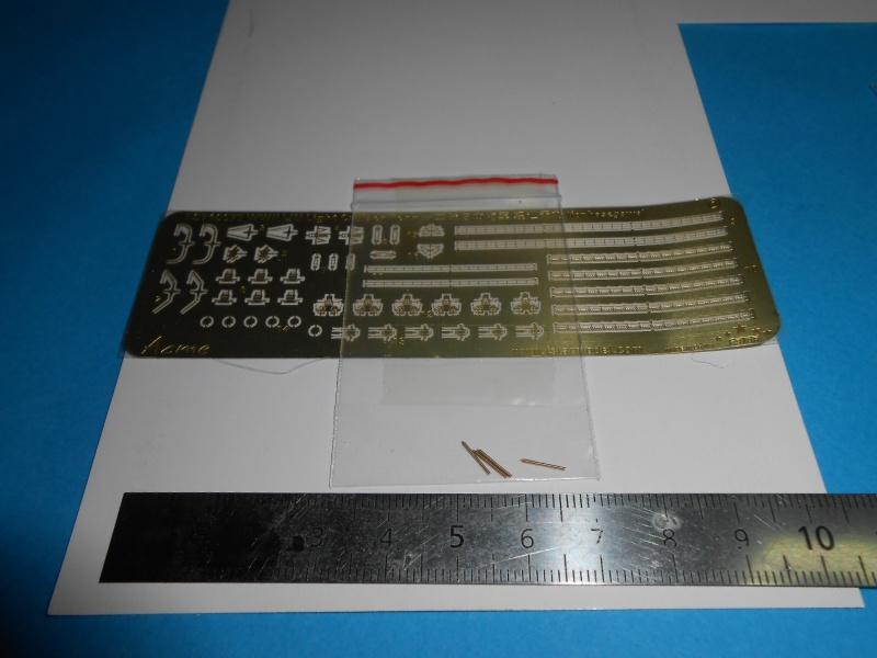Kaga/Tenryu 1932 1/700 PE/Ponts en bois+Babioles 718198DSCN6954