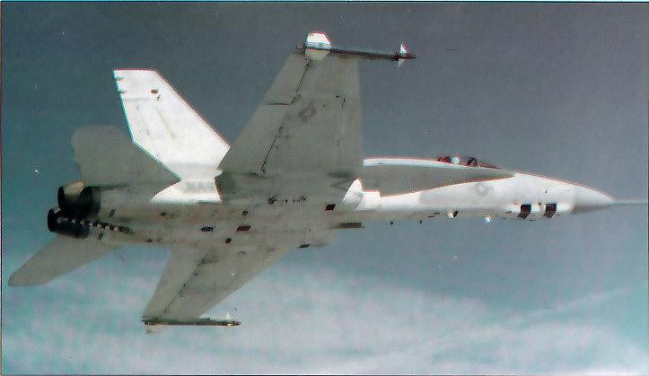 MCDONNELL-DOUGLAS F/A-18 HORNET  719736Prototype_F_18_R__1