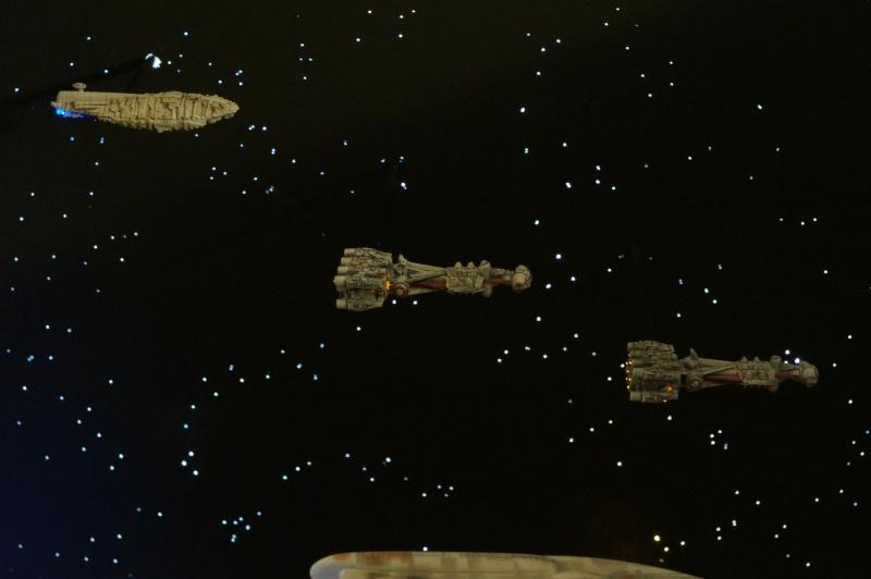 STAR WARS : Diorama Flotte rebelle - Page 6 722659DSC01288