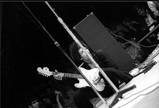 Framingham (Carousel Theater) : 25 août 1968  [Premier concert] 722973AAAA